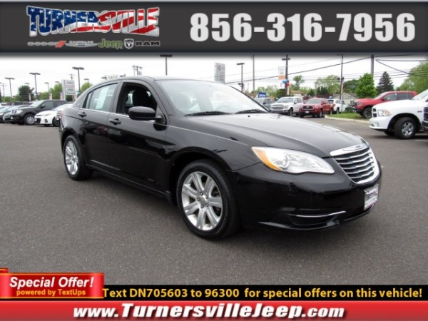 2013 Chrysler 200 in Sicklerville, NJ