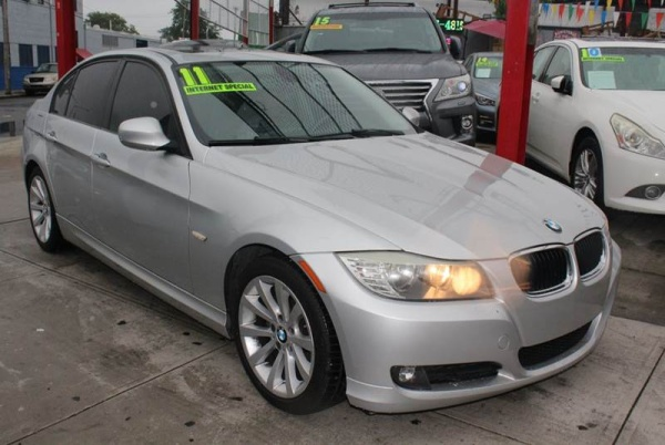 2011 BMW 3 Series in Jamaica, NY