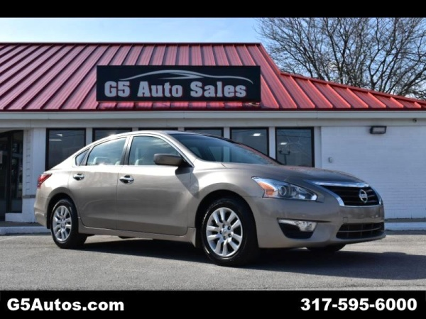 2013 Nissan Altima in Fishers, IN