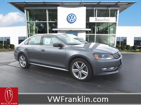 2013 Volkswagen Passat in Franklin, WI