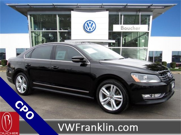 2014 Volkswagen Passat in Franklin, WI
