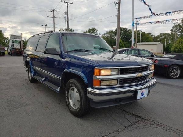 1997 Chevrolet Suburban in Hazel Crest, IL