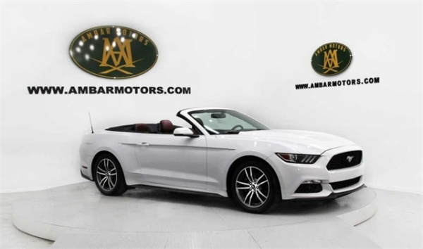 2016 Ford Mustang in Doral, FL