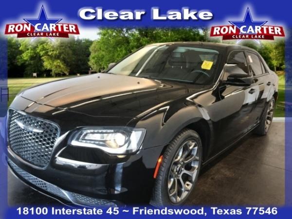 2018 Chrysler 300 in Friendswood, TX