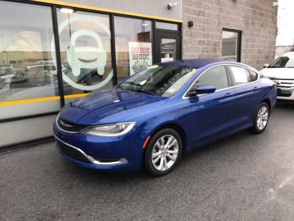 2015 Chrysler 200 in Lancaster, PA