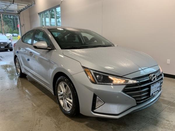2020 Hyundai Elantra in Gladstone, OR