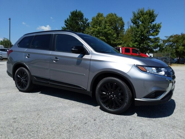 2020 Mitsubishi Outlander in Conyers, GA