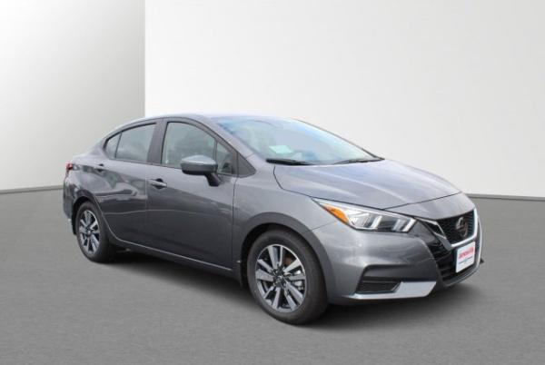 2020 Nissan Versa in Janesville, WI