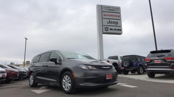 2019 Chrysler Pacifica L