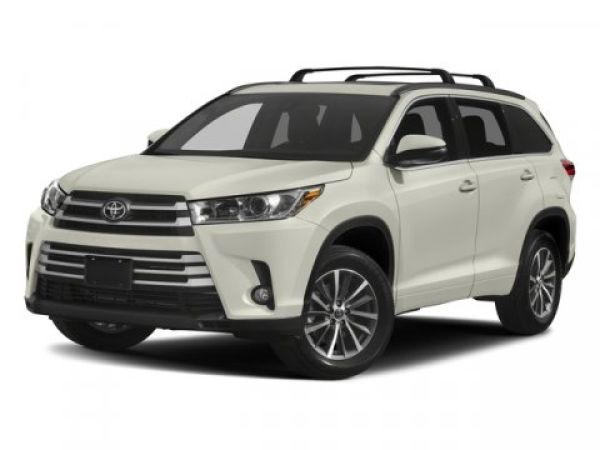 2017 Toyota Highlander in Indianapolis, IN