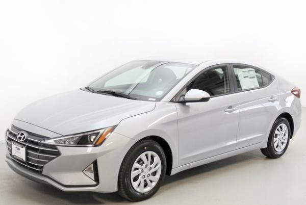 2020 Hyundai Elantra in Littleton, CO