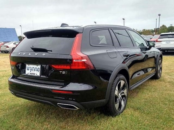 2020 Volvo V60 Cross Country in Hampton, VA