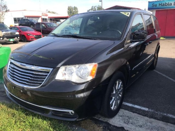 2014 Chrysler Town & Country in Cincinnati, OH