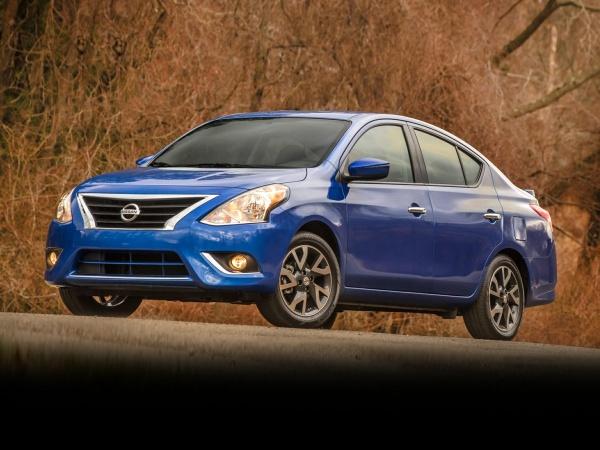2019 Nissan Versa S Plus
