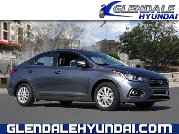 2020 Hyundai Elantra in Glendale, CA