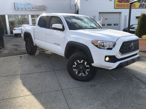 2019 Toyota Tacoma in Freeport, NY