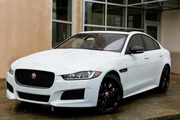 2019 Jaguar XE Landmark
