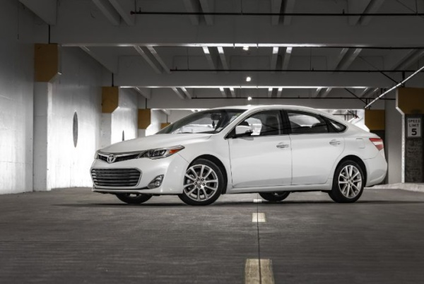 Used Toyota Avalon for Sale (from $1,250) - iSeeCars com