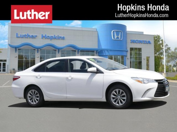 2017 Toyota Camry in Hopkins, MN