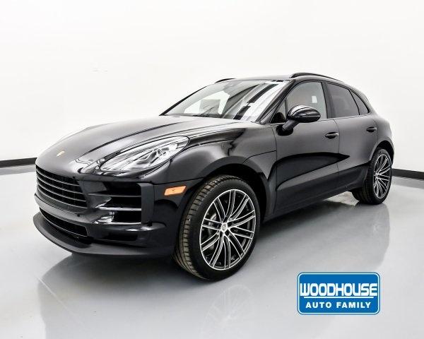 2020 Porsche Macan in Omaha, NE