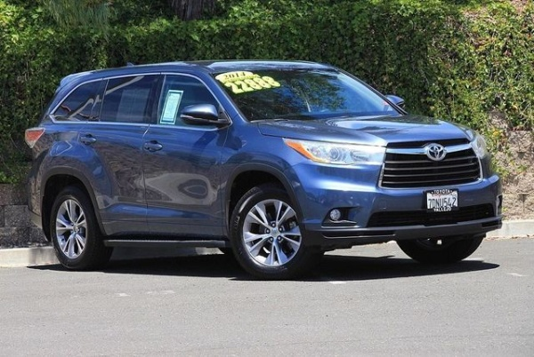2014 Toyota Highlander AWD LE Plus $19,988 Vallejo, CA