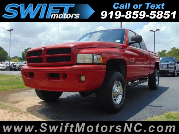 2002 dodge ram 2500 base quad cab long bed 4wd for sale in raleigh nc truecar. Black Bedroom Furniture Sets. Home Design Ideas