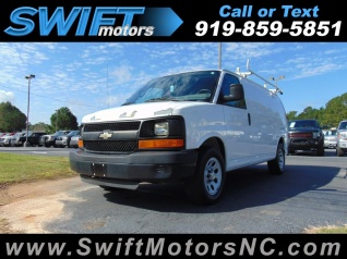 17866a3c77 2011 Chevrolet Express Cargo Van RWD 1500 135