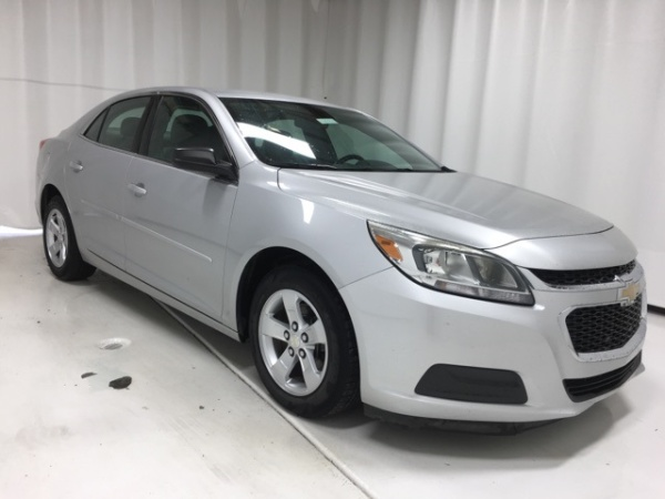 2015 Chevrolet Malibu in Pikeville, KY