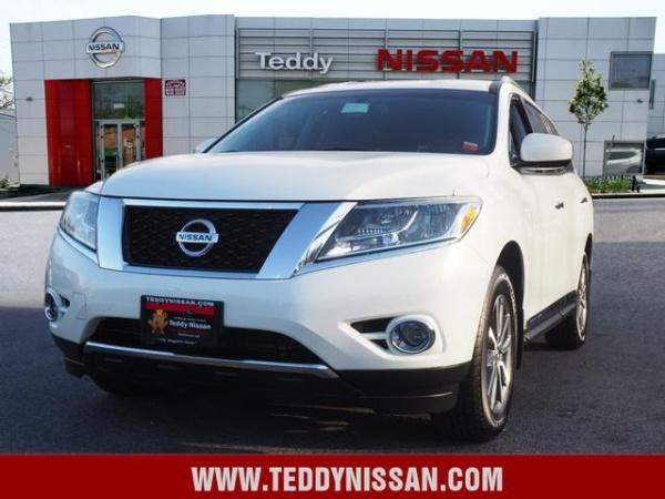 2013 Nissan Pathfinder in Bronx, NY