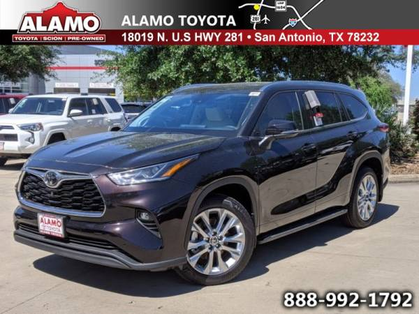 2020 Toyota Highlander in San Antonio, TX