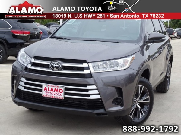 2019 Toyota Highlander in San Antonio, TX