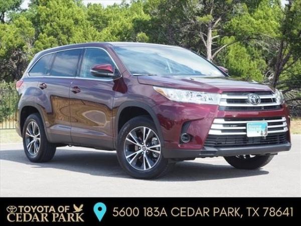 2019 Toyota Highlander in Cedar Park, TX