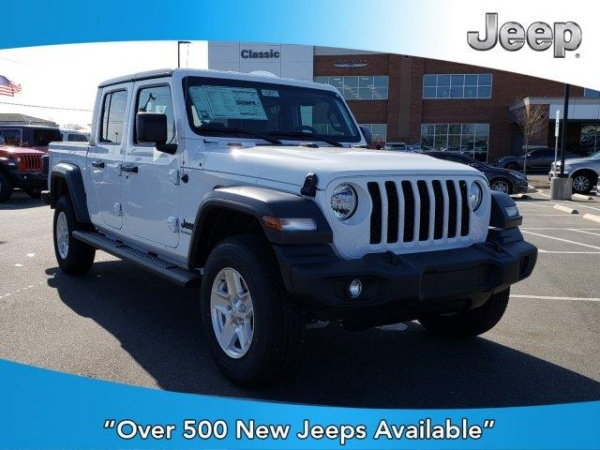 2020 Jeep Gladiator in Pineville, NC