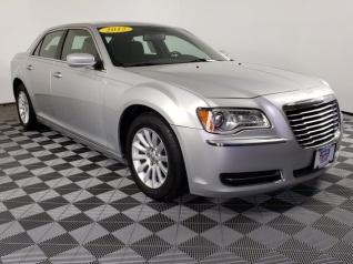 Used Cars Davenport Iowa >> Chrysler Car Dealer Davenport Ia Chrysler Dealer Davenport