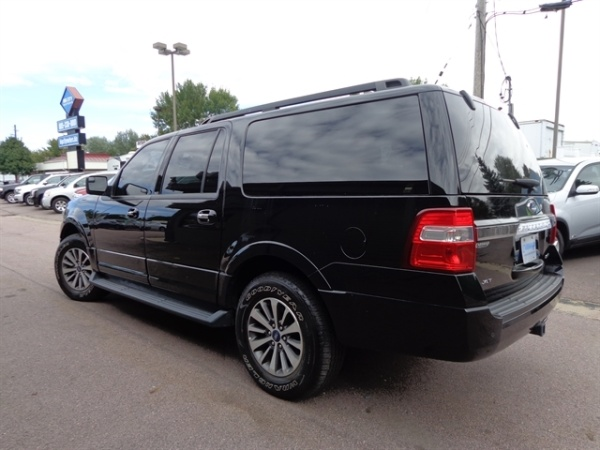 2016 Ford Expedition in Sioux Falls, SD