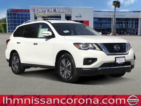 2020 Nissan Pathfinder in Corona, CA