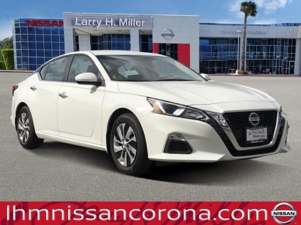 2020 Nissan Altima in Corona, CA