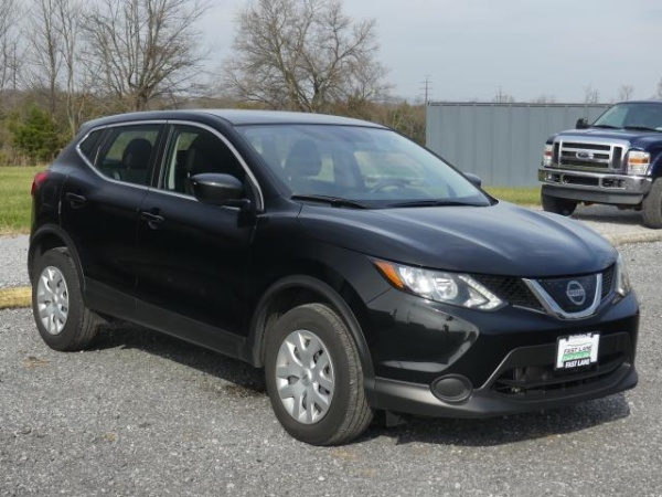 2018 Nissan Rogue Sport in Hagerstown, MD