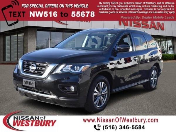 2019 Nissan Pathfinder in Westbury, NY