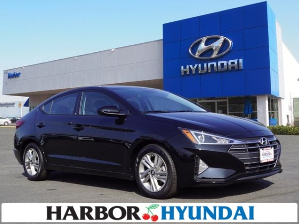 2020 Hyundai Elantra in Long Beach, CA