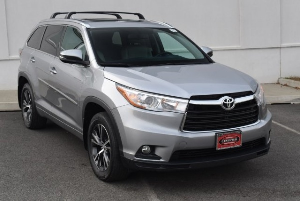 2016 Toyota Highlander in Wappingers Falls, NY