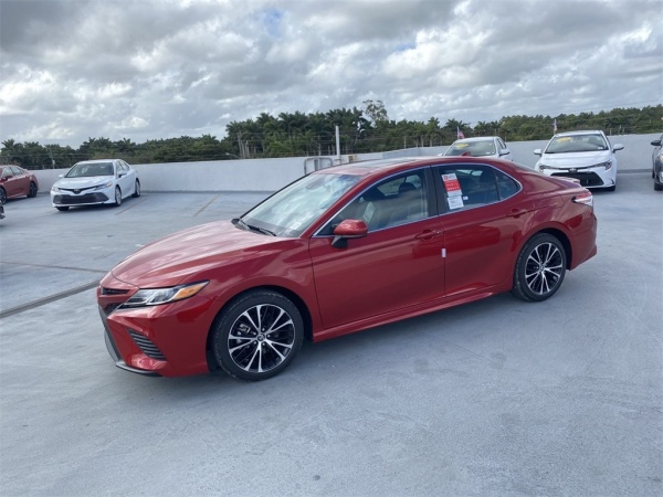 2020 Toyota Camry in Homestead, FL