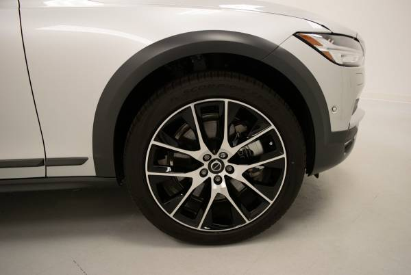 2020 Volvo V90 Cross Country in Omaha, NE
