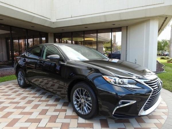 2018 Lexus ES in Pembroke Pines, FL