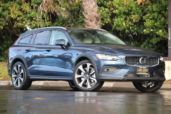 2020 Volvo V60 Cross Country in Carlsbad, CA
