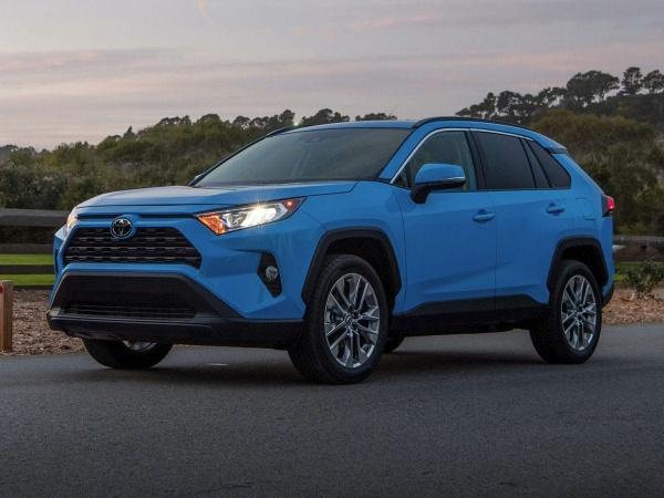 2019 Toyota RAV4 in Grapevine, TX
