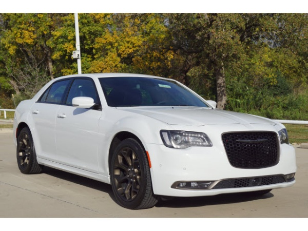 2019 Chrysler 300 S
