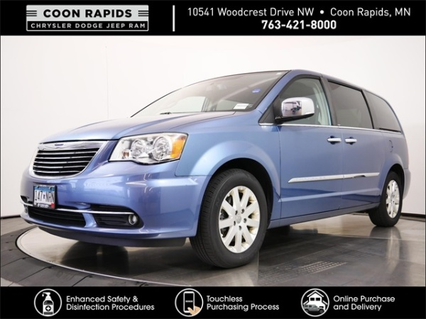 2012 Chrysler Town & Country in Coon Rapids, MN
