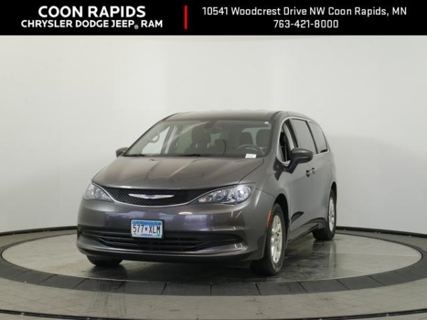 2017 Chrysler Pacifica in Coon Rapids, MN
