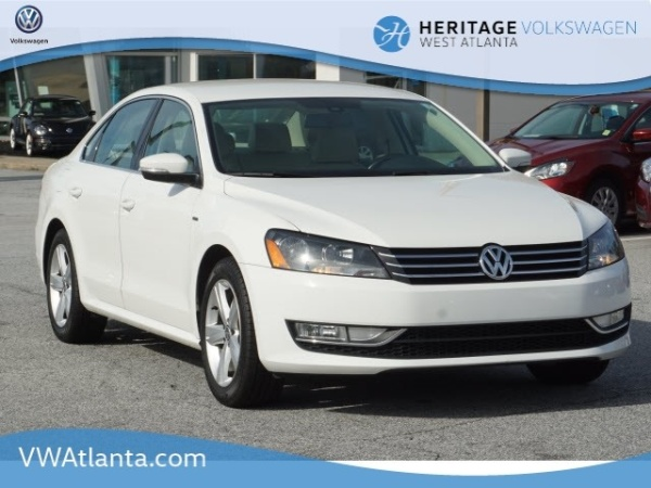 2015 Volkswagen Passat in Lithia Springs, GA